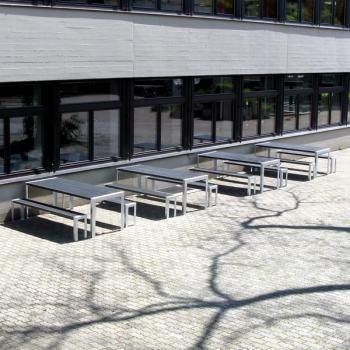 Garnituren bei Schulhaus