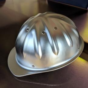 Metall Schutzhelm aus Aluminium