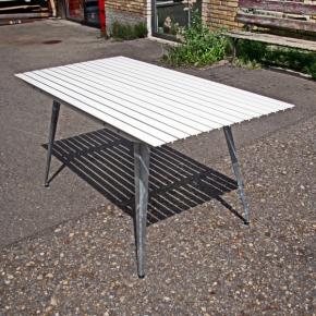 Schnell Tisch in Weiss