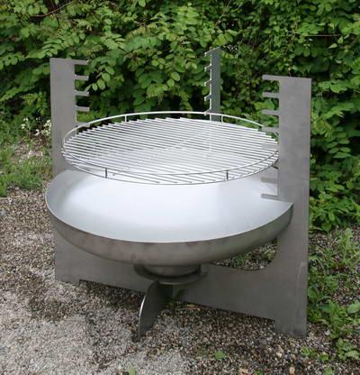 metall werk z rich ag feuerschale mit grill aus chromstahl. Black Bedroom Furniture Sets. Home Design Ideas