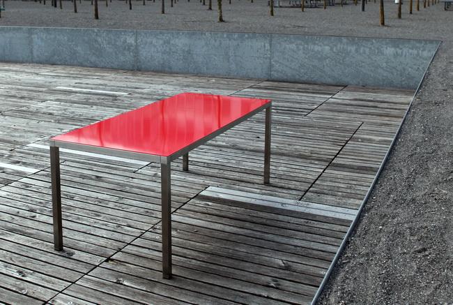 metall werk z rich ag relais 40 aussen wetterfester gartentsich. Black Bedroom Furniture Sets. Home Design Ideas