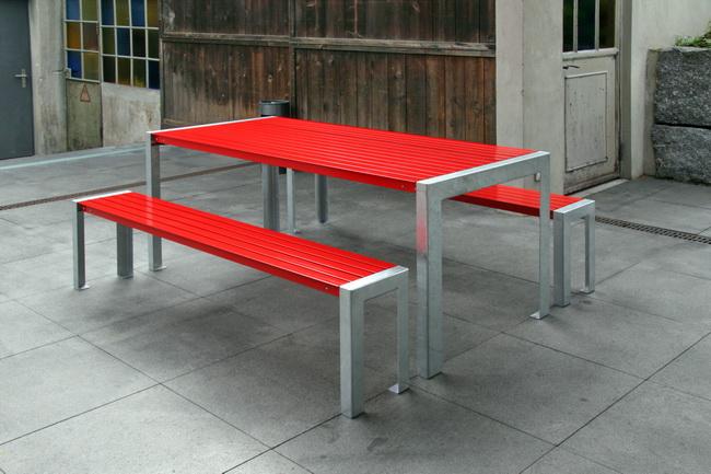 metall werk z rich ag gartenm bel aus metall modell terrasse. Black Bedroom Furniture Sets. Home Design Ideas