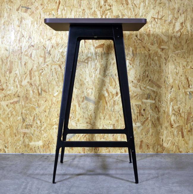 metall werk z rich ag schnell bistro stehtisch barhocker und bistrotisch. Black Bedroom Furniture Sets. Home Design Ideas