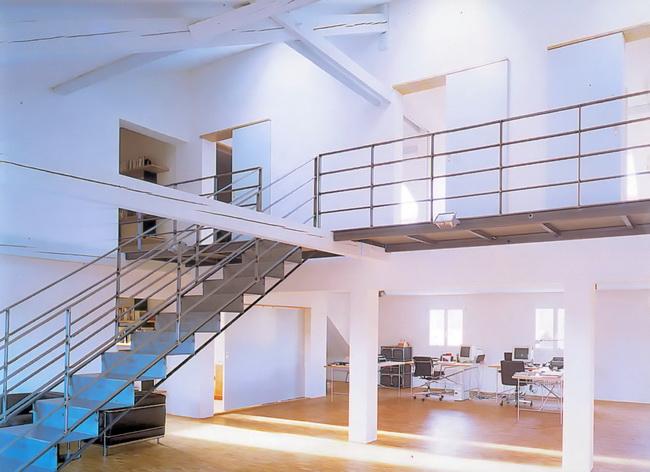 Metall werk z rich ag treppe f r eine loft in einer for Fachwerkkonstruktion stahl