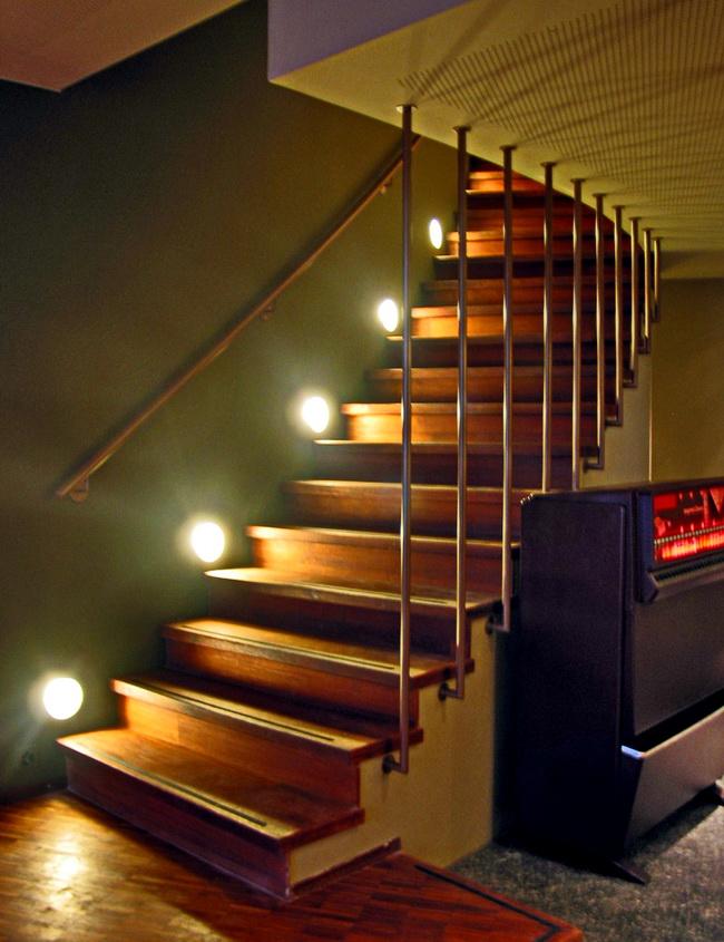 metall werk z rich ag seerestaurant acqua z rich. Black Bedroom Furniture Sets. Home Design Ideas