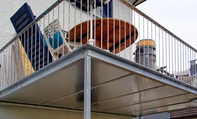 Favorit Metall Werk Zürich AG - Balkon und Terrasse mit Holzboden NX56