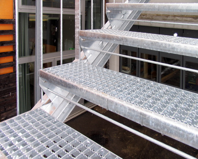 metall werk z rich ag fluchttreppe treppe eth z rich. Black Bedroom Furniture Sets. Home Design Ideas