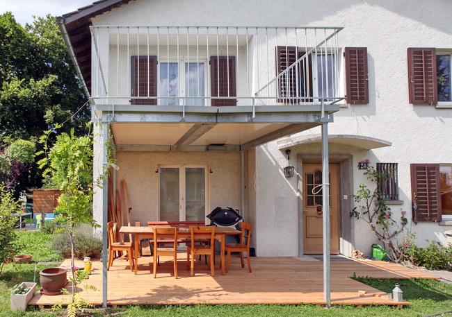 Metall Werk Zürich AG - Balkonanbau und Terrasse für Einfamilienhaus