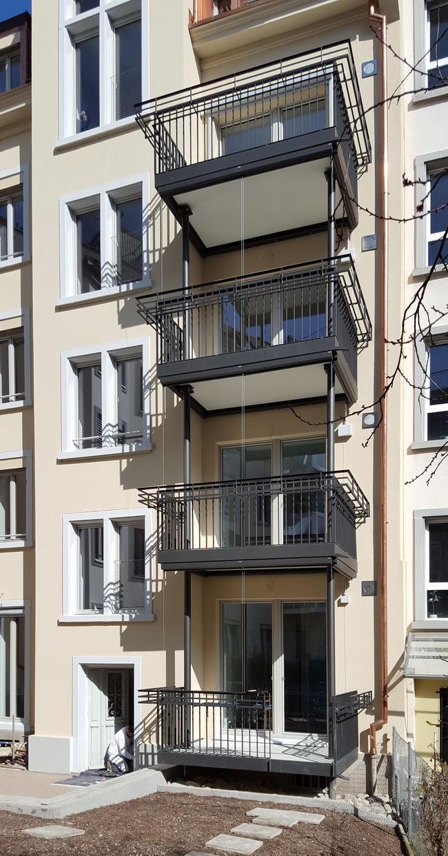 Erstaunlich Sonnenschutz Dachterrasse Sammlung Von Balkonturm Holzrost Gelaender Stieg 02