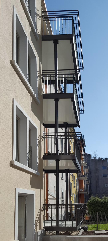 Wundervoll Sonnenschutz Dachterrasse Galerie Von Balkonturm Holzrost Gelaender Stieg 14