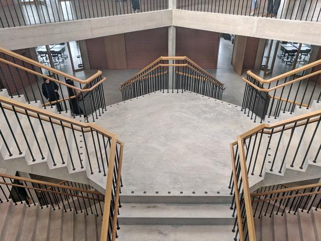 gel nder mit holzhandlauf eiche holzhandlauf gel nder treppe architektur