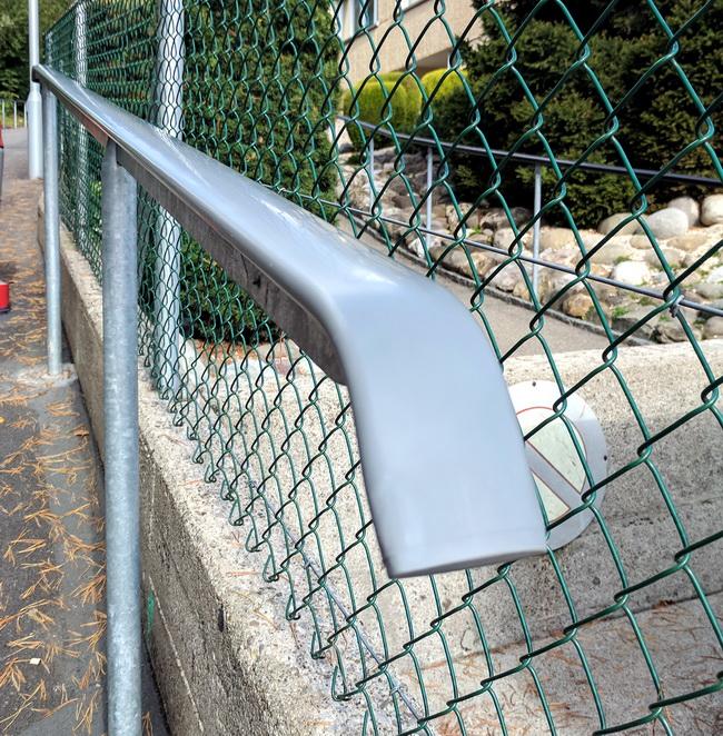 Metall Werk Zurich Ag Pvc Kunststoff Handlaufe Aufziehen
